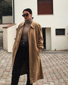 SNOWING DAY #girl #style #monochromatic #caramel #burberry #gucci #beltbag #pochete #estilo #gigihadid #vogue #sunglesses #sunglass #classic #estilo #monocromatico #turtleneck #pochetegucci #guccibealtbag #braziliangirlstyle