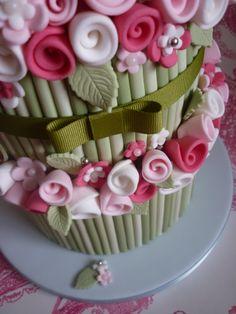 Flower bouquet 80th birthday cake