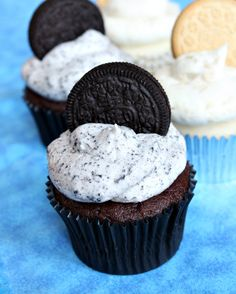 Cookies and Cream Frosting 1