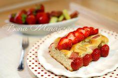 Prajitura cu capsuni si rabarbar Balanced Meals, Homemade Food, Breakfast Recipes, Easy Meals, Strawberry, Food And Drink, Tasty, Fruit, Shop