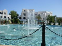 Dancing Waters in Port El Kantoui, Tunisia.  Vacances x2  Dernier séjour en août 2011