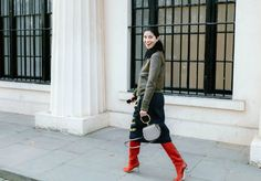 Caroline Issa with a Chloé bag  #London  #StreetStyle  #Koshchenets