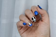 Nail art KATY PERRY DARK HORSE music video. By Vilcis