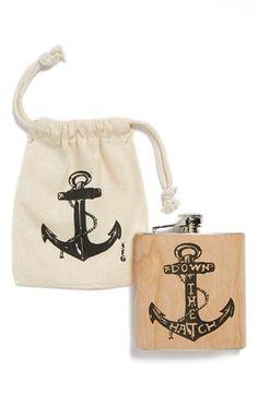 Super cute groomsman gift. Flask and sack.