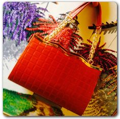 Pieles Santa Fe tiene los mejores modelos en carteras, bolsos, maletas, maletines y mas