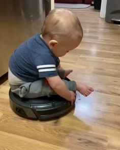 Cute Funny Baby Videos, Crazy Funny Videos, Cute Funny Babies, Funny Videos For Kids, Funny Kids, Cute Kids, Cute Baby Girl Pictures, Cute Baby Boy, Cute Little Baby