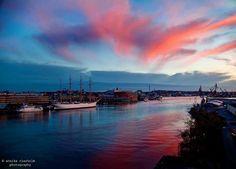 Göteborg Vår underbara stad! Bild: Annika Clarholm @fotografannikaclarholm #gothenburg #harbour #photography #love by goteborgsposten
