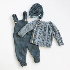 Baby Boy Knitting Patterns, Knitting For Kids, Free Knitting, Knitting Projects, Knitting Baby Girl, Knitted Baby Clothes, Baby Clothes Shops, Knitted Baby Outfits, Baby Knits