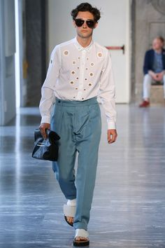 Andrea Pompilio Spring 2015 Menswear Collection Slideshow on Style.com
