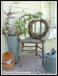 From Frugal Decorating with Antique Chairs. Love their ideas hoosierhomemade. From Frugal Decorating with Antique Chairs. Love their ideas hoosierhomemade. Funky Junk Interiors, Old Chairs, Antique Chairs, Wooden Chairs, Decoration Entree, Vibeke Design, Decks And Porches, Front Porches, Side Porch