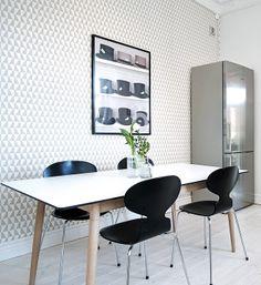 Via NordicDays.nl | White Alvhem Home | Arne Jacobsen