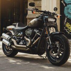 Harley Davidson Street 500, Harley Davidson Fat Bob, Harley Davidson Motorcycles, Triumph Motorcycles, Custom Motorcycles, Cruiser Motorcycle, Moto Bike, Girl Motorcycle, Motorcycle Quotes
