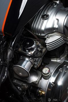 1999 Kawasaki W650 :: Kawa East / Tomotors | Megadeluxe | For The Love of Speed, Sport & Design