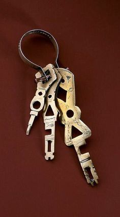 Africa | Keys from the Tuareg people | Copper, copper alloy, silver | ca. early to mid 1900s
