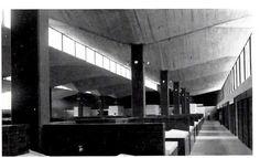 Mercado de Coyoacán, México, DF, 1956    Arquitectos: Pedro Ramírez Vázquez y Rafael Mijares    Construcción: Félix Candela    Vista interior - Interior View of the Mercado de Coyoacán