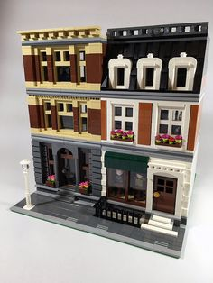 Hello The Lego Modular Pet Shop (10218) is one of my favourite sets of all time, and so i built this MOC as something of a love-letter to that set. The book...