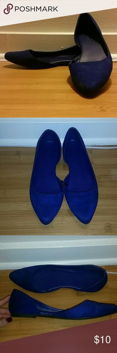 Cobalt blue American Eagle d'orsay flats. Cobalt blue pointed toe, d'orsay flats. AEO. Slight scuffing on left toe. American Eagle Outfitters Shoes Flats & Loafers