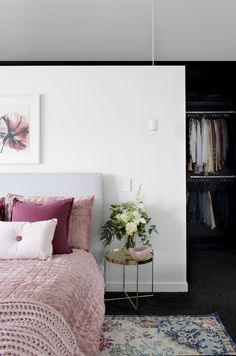 A hassle-free building experience gave Kayla and Darius Boyd this dreamy home amongst the leafy streets of Brisbane's north. Australia House, 1930s House, Modern Bedroom Decor, Reno, House And Home Magazine, House Tours, The Help, Home And Family, House Design