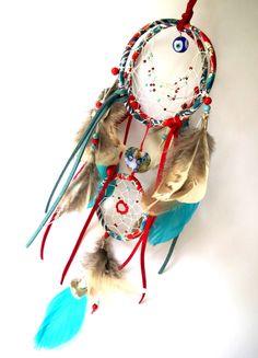 Dreamcatcher/ attrape rêves 3D sphérique en tissu Liberty fleuri tons bleu, rouge, blanc, plumes, suédine : Accessoires de maison par sous-le-ciel-de-marie