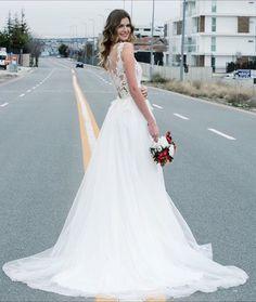 A kesim gelinlik, kabarık gelinlik modelleri, transparan gelinlik modelleri, transparent wedding dress, wedding dresses, fashion, bridal fashion, bride, gelin