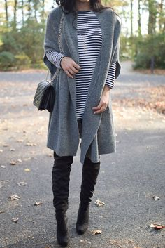 Thanksgiving Day Outfit Ideas | Cape | OTK Boots | Fall Fashion | #fallfashion #fashion #style