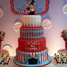 Ontem foi dia de Circo Vintage para o Tadeu!!! #circovintage #festacirco #festacircovintage #bolocirco #bolocircovintage #circo #festademenino #bolodecoradocirco #bolodecoradocircovintage #encontrandoideias #festalinda #monikamedina #bolodecorado #bolodemenino #party #partyideas #cakedesign #cake