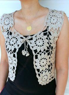 Granny Square Beige Vest, Crochet Sweater, Lace To Pull Crochet, Gilet Crochet, Crochet Blouse, Crochet Granny, Crochet Lace, Crochet Vests, Crochet Bodycon Dresses, Black Crochet Dress, Crochet Bolero Pattern