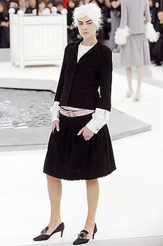 Chanel Spring 2005 Couture Fashion Show - Erin Wasson
