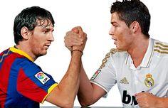 Cristiano Ronaldo fighting with Lionel Messi, in a Real Madrid vs Barcelona wallpaper, in 2012