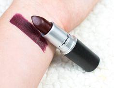 mac 'lingering kiss'! Un rouge à lèvres bordeau foncé/prune !!