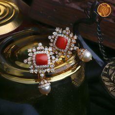 Jewelry Design Earrings, Gold Earrings Designs, Coral Jewelry, Gold Jewellery Design, Big Earrings, Diamond Jewellery, Beaded Jewelry, Diamond Tops, Gold Designs