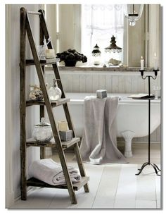 bathroom A Dozen Years Later: DIY - Bathroom Decor Tropical Bathroom Design, Pictures, Remodel, Decor and Ideas decor bathroom decorating id. Diy Casa, Vintage Interior Design, Interior Modern, Foyer Design, Home And Deco, Beautiful Bathrooms, Beautiful Interiors, Vintage Decor, Vintage Ladder
