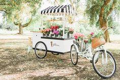 Flora Flower Cart - Make your own bouquet in Central California Flower Truck, Flower Bar, My Flower, Flower Power, Bike Cart, Farm Stand, Flower Stands, Flower Market, Cut Flowers
