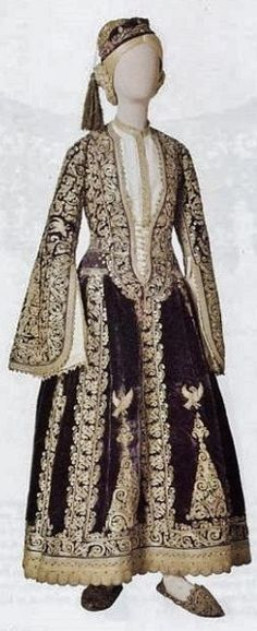 Costume of a noblewoman from Greece. Late-Ottoman style from the Balkans, 19th century.