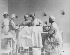 Surgery Room; Colorado Springs, Colo.; ca. 1915.  Special Collections, Pikes Peak Library District, 001-710.