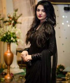 Want to see Pakistani actresses in black dress?pk will share some pics of gorgeous Pakistani actresses in black dresses. Net Dresses Pakistani, Black Pakistani Dress, Pakistani Girl, Pakistani Actress, Pakistani Outfits, Pakistani Dramas, Sara Khan Pakistani, Pakistani Boutique, Patiala Suit Designs