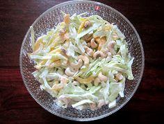 Kääpiölinnan köökissä: Niitä näitä kaalinpäitä Kinds Of Salad, Cabbage, Salads, Vegetables, Green, Food, Essen, Cabbages, Vegetable Recipes