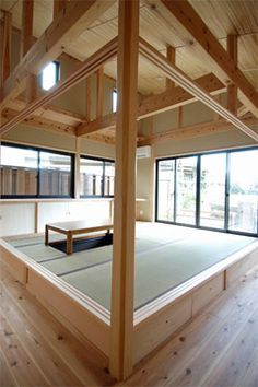 Love the double line Japanese Interior Design, Japanese House, Living Room Modern, Old Houses, My Dream Home, Bunk Beds, Home And Garden, Traditional Japanese, Outdoor Decor