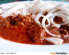 Boubínský srnčí guláš Chana Masala, Stew, Spaghetti, Meat, Chicken, Ethnic Recipes, Food, Red Peppers, One Pot