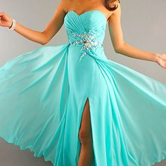 Beautiful turquoise prom dress