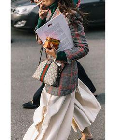 Gli Arcani Supremi (Vox clamantis in deserto - Gothian): Milan Fashion Week Fall 2018 street style Best Street Style, Street Style 2018, Street Chic, Street Style Women, Street Style Inspiration, Mode Inspiration, Gucci Fashion, Street Fashion, Womens Fashion