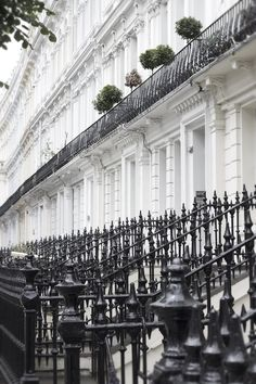 Image uploaded by Allie's Dream♕. Find images and videos about house, old and exterior on We Heart It - the app to get lost in what you love. London Townhouse, London House, London City, London Style, London Pubs, Travel Around The World, Around The Worlds, Dream City, London Calling