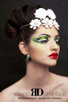 Makeup Inspo, Makeup Inspiration, Beauty Makeup, Face Makeup, Make Up Art, Eye Make Up, Fantasy Make Up, Green Makeup, Beauty Shoot