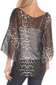 Sheer Animal Print Top - great way of making this sheer top more attractive! except with black cami instead of white Leopard Fashion, Animal Print Fashion, Fashion Prints, Animal Prints, Leopard Outfits, Cute Fashion, Fashion Outfits, Womens Fashion, Pretty Outfits