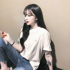 Pin on Ulzzang girl Korean Girl Photo, Cute Korean Girl, Women Smoking, Girl Smoking, Korean Photoshoot, Girls Smoking Cigarettes, Internet Girl, Ulzzang Korean Girl, Cute Girl Face