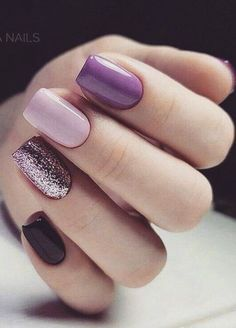 Want some ideas for wedding nail polish designs? This article is a collection of our favorite nail polish designs for your special day. Cute Short Nails, Cute Nails, Nail Polish Designs, Nail Polish Colors, Nail Art Designs, Red Nails, Hair And Nails, Ballerina Acrylic Nails, Christmas Gel Nails