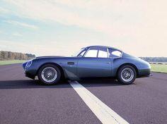 Aston Martin DB4 GT Volante