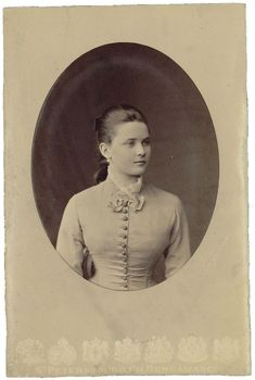 Princess Youssoupoff late 1870's   Arkhangelskoye museum