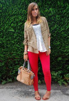 Zapatos Shana Camiseta y Blusa  Bershka Blusa Bershka Pantalones Zara Bolso Bimba & Lola @Beatriz Costas Parada
