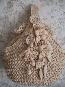 hand bags - mumy50 - Picasa Web Albums...no pattern, but beautiful inspiration